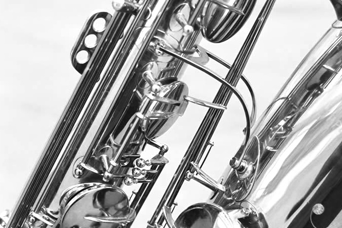 1_bass-saxophon-bb-04
